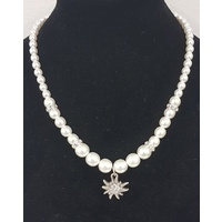 Pearlnecklace with Edelweiss