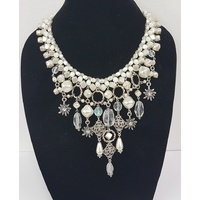 Wax Pearl Collier